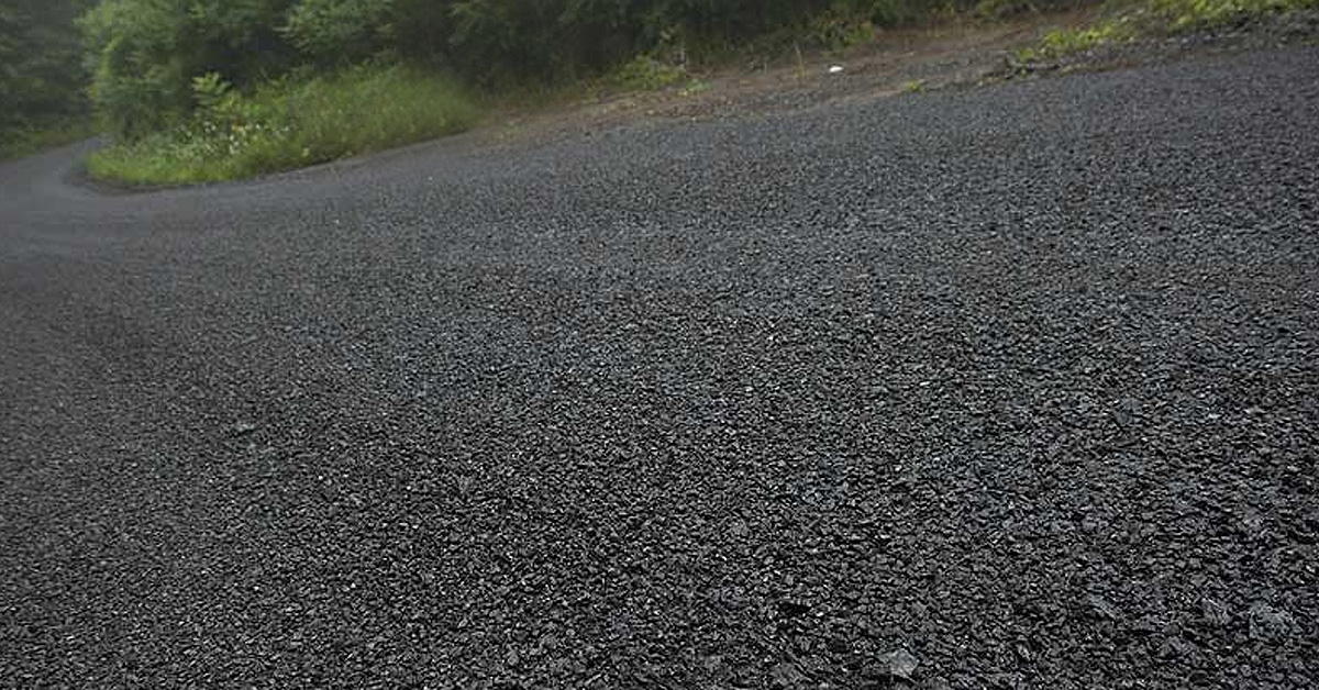 1,866 kilometers of County-managed roadways are gravel.